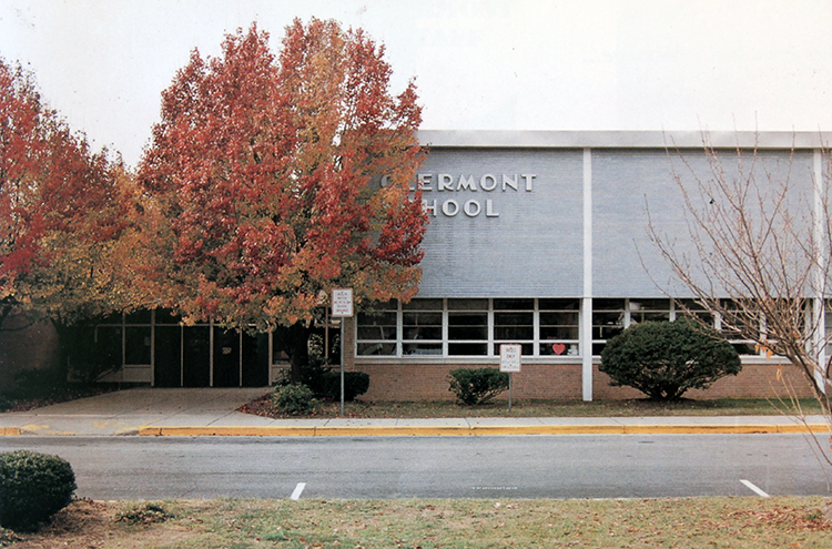 Color photograph of the front entrance of Clermont Elementary School taken in 1997.